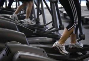 workout 300x206 More than 50 percent of People Use Smartphones during Workouts